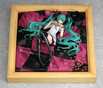 главная фотография Miku Hatsune World is Mine Natural Frame Ver.