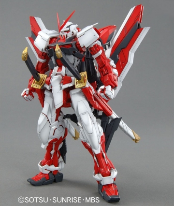 главная фотография MG MBF-P02KAI Gundam Astray Red Frame Custom