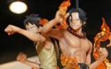 фотография One Piece Brotherhood DX Figures: Monkey D. Luffy