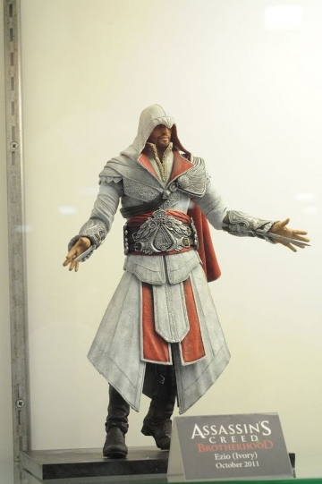 главная фотография Assassin's Creed Brotherhood - Ezio (Ivory)