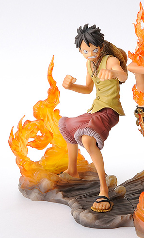 главная фотография One Piece Brotherhood DX Figures Monkey D. Luffy