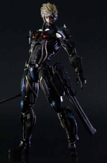 главная фотография Play Arts Kai Raiden Black Armour Ver.