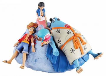 главная фотография ONE PIECE Log Box Sorezore no Seichou Hen: Luffy & Jinbei & Robin & Chopper