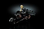 фотография Play Arts Cloud Strife and Fenrir Advent Pieces Ver.
