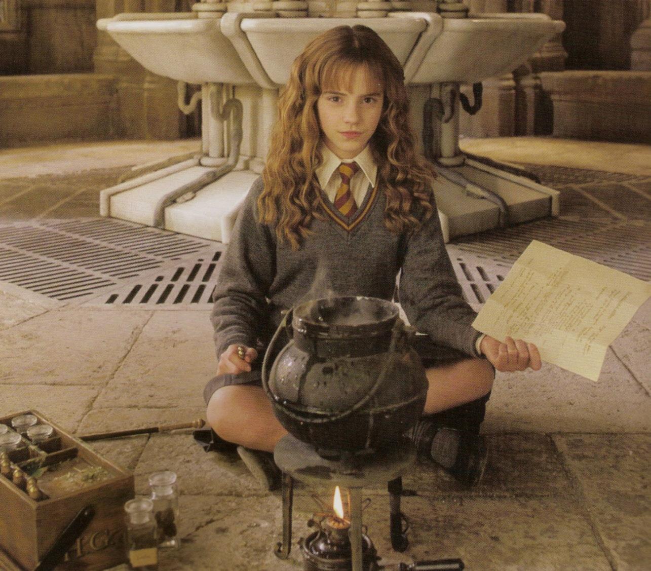 hermione-granger-schoolgirl-naked